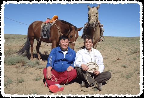 モンゴルにて、アマル村長と奥田さん